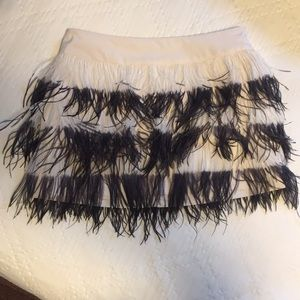 Club Monaco Bridget feather mini skirt. Size 6
